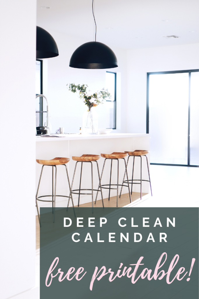 The deep cleaning calendar with free printable that you've been waiting for. This will make keeping a clean home a cinch!